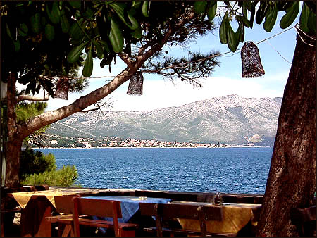 Adriatic_korcula-cafe-sea